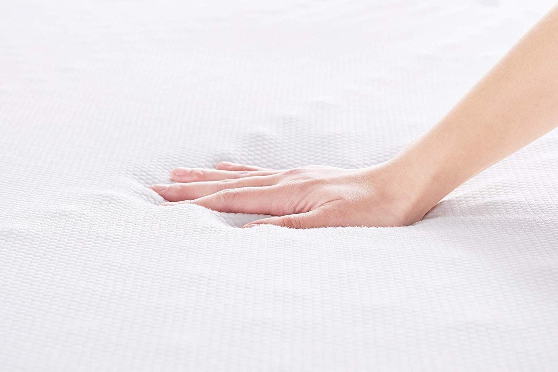 spessore 4 cm 80 x 190 cm Basics Coprimaterasso in memory foam con cinghie elastiche